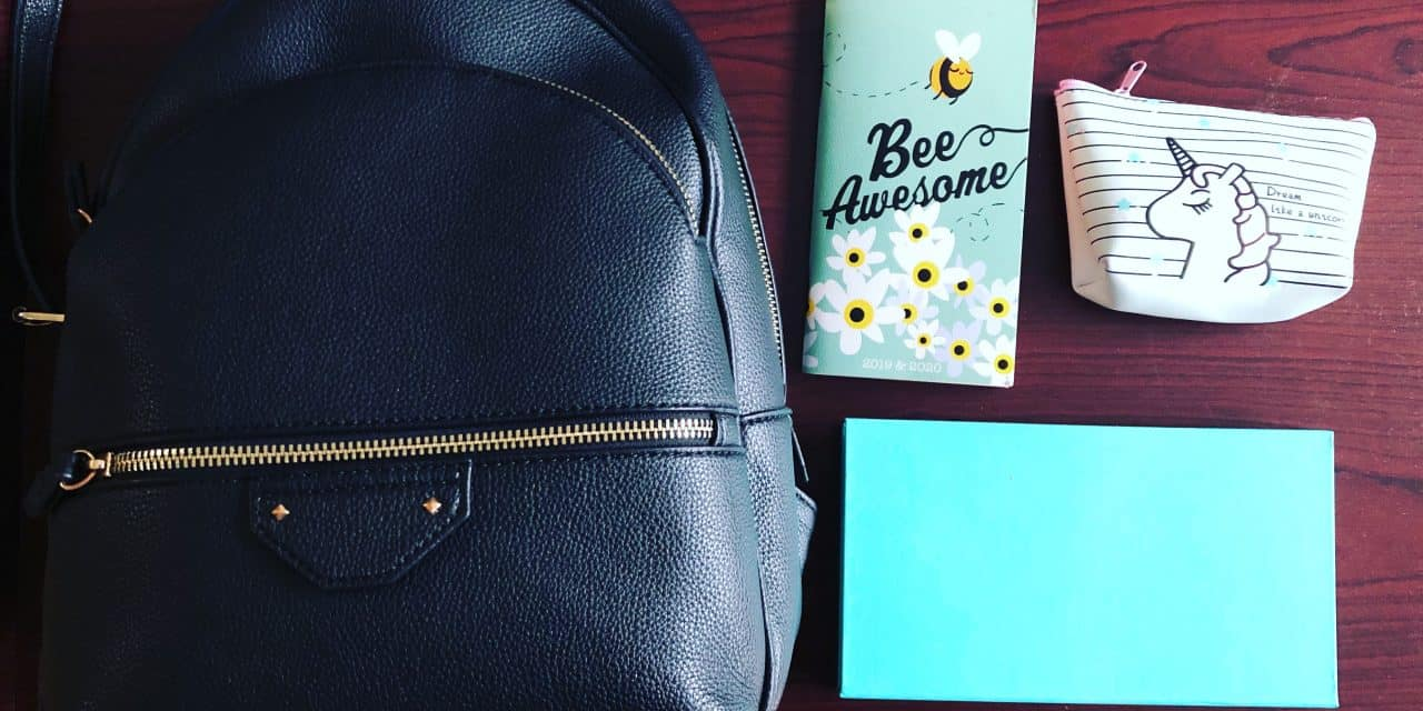 8 Useful Things That Will Help You Organize Your Bag